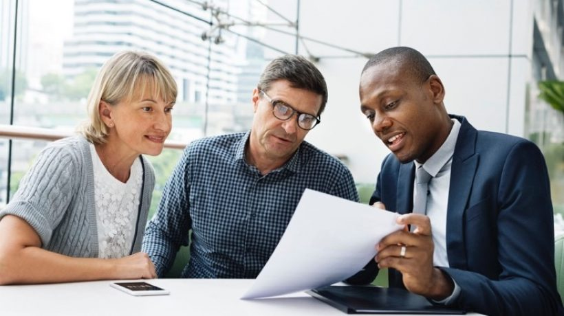 Mortgages and the use of financial advisors