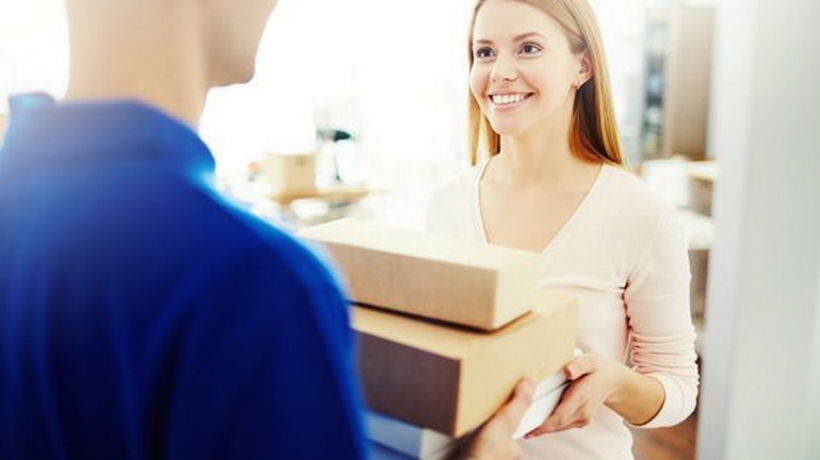 Same Day Delivery – What Is It And How Does It Help Us